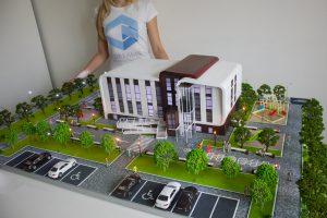 Das Architekturmodell der Schule wurde in unserer Modell Werkstatt auf einem 3D-Drucker gedruckt
